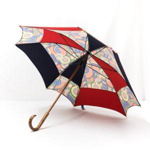 Parapluie carré multicolore rouge et bleu