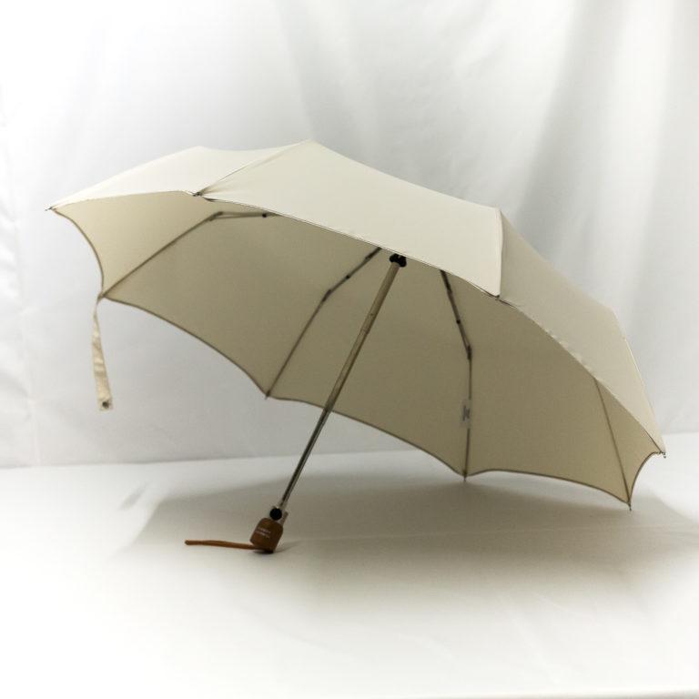 Parapluie pliant classique écru