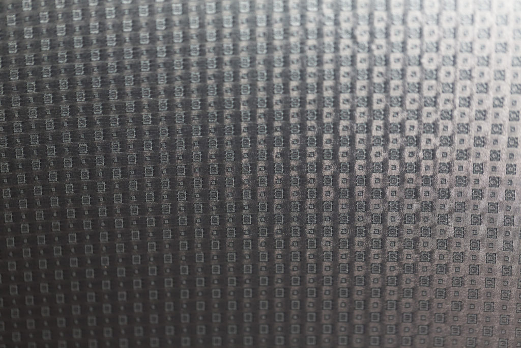 Tissage jacquard petits carreaux gris